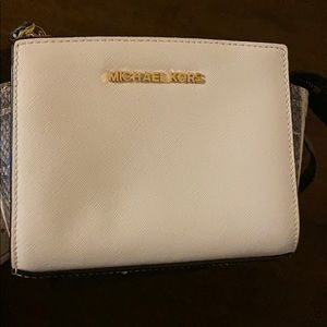 Authentic Michael Kors Crossbody Bag! Brand New!
